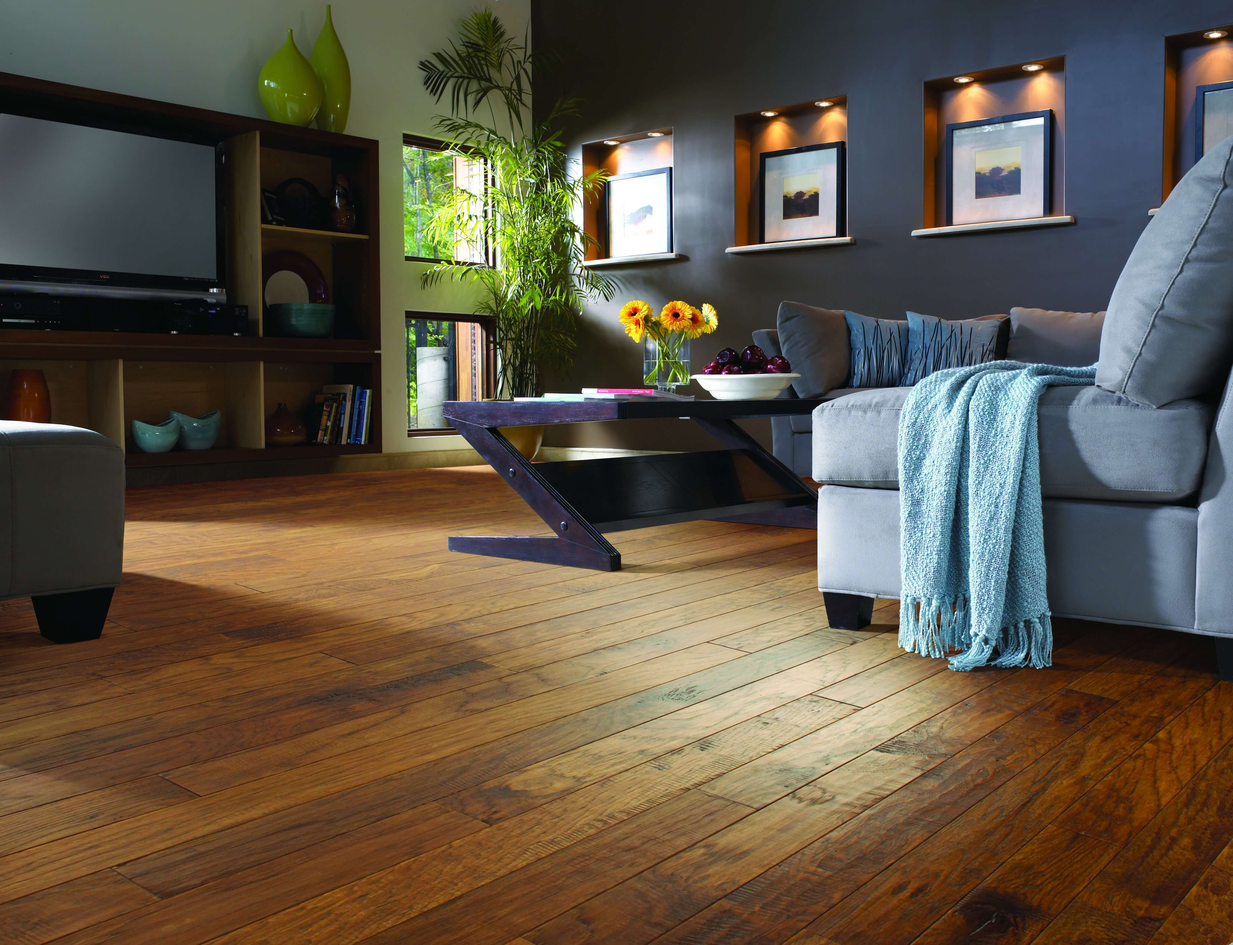 The Pros and Cons of Engineered Hardwood Flooring